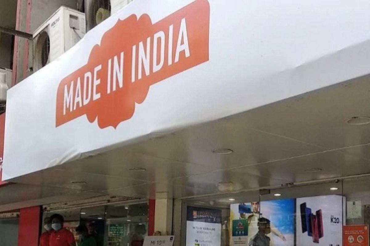 Xiaomi Changing Name Boards On Shops In Telangana