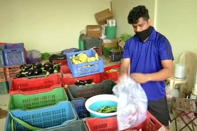 Mumbai: Football Coach Forced To Sell Vegetables To Survive After School Fired Him Amid Covid-19 Outbreak