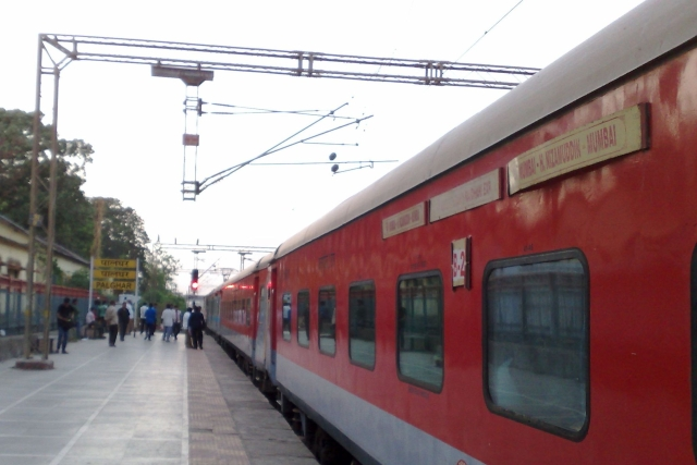 Indian Railways Installing RFID Tags To Track Entire Fleet Of Wagons, Coaches And Locomotives