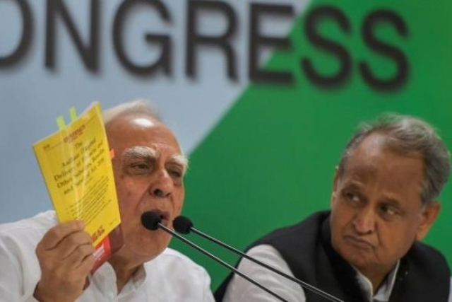 Congress Fights Congress: Ashok Gehlot Hits Out At Kapil Sibal For Comments Made Publicly On The Party's Decline
