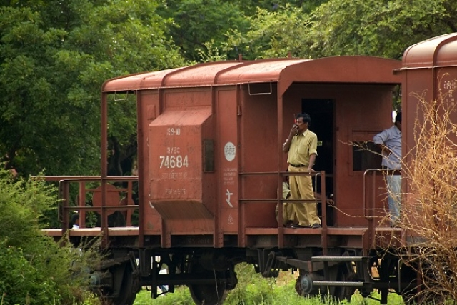 Railways To Replace Guard Vans On Freight Trains With EoTT Devices