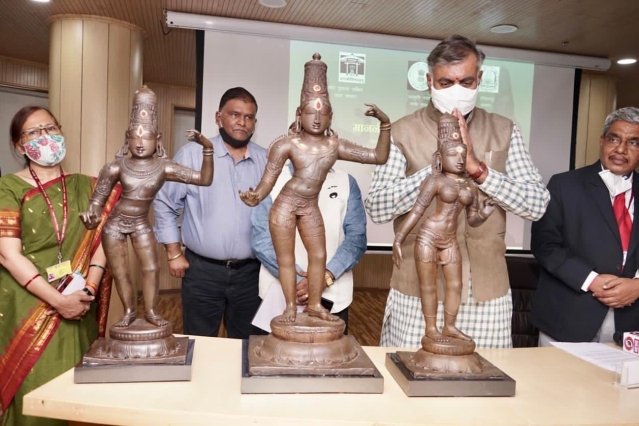 Ananthamangalam To London And Back: How The Stolen Bronze Idols Of  Rama, Sita And Lakshman Were Brought Back To Where They Belong