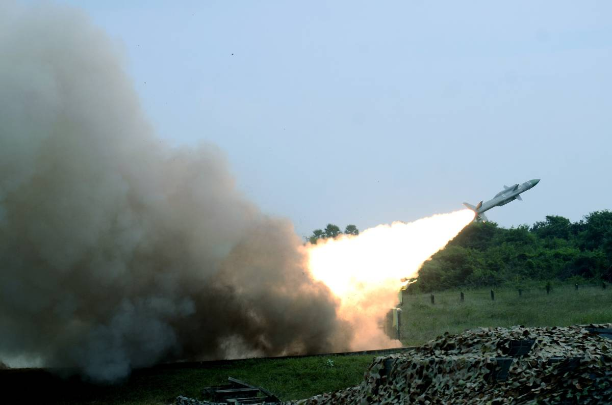 The Indian Air Force (IAF) has conducted the firing of the indigenously developed surface-to-air guided weapons Akash missile system together with the