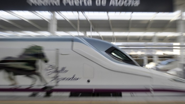 Talgo Train And Metrino Pod: Prabhu And Gadkari Attempt To Drag Indian Transportation To 21st Century