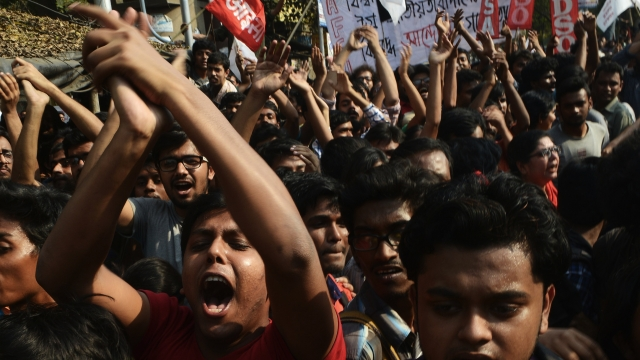 Jadavpur University Alumnus  Is Disturbed By   Mindless  Idea Activists