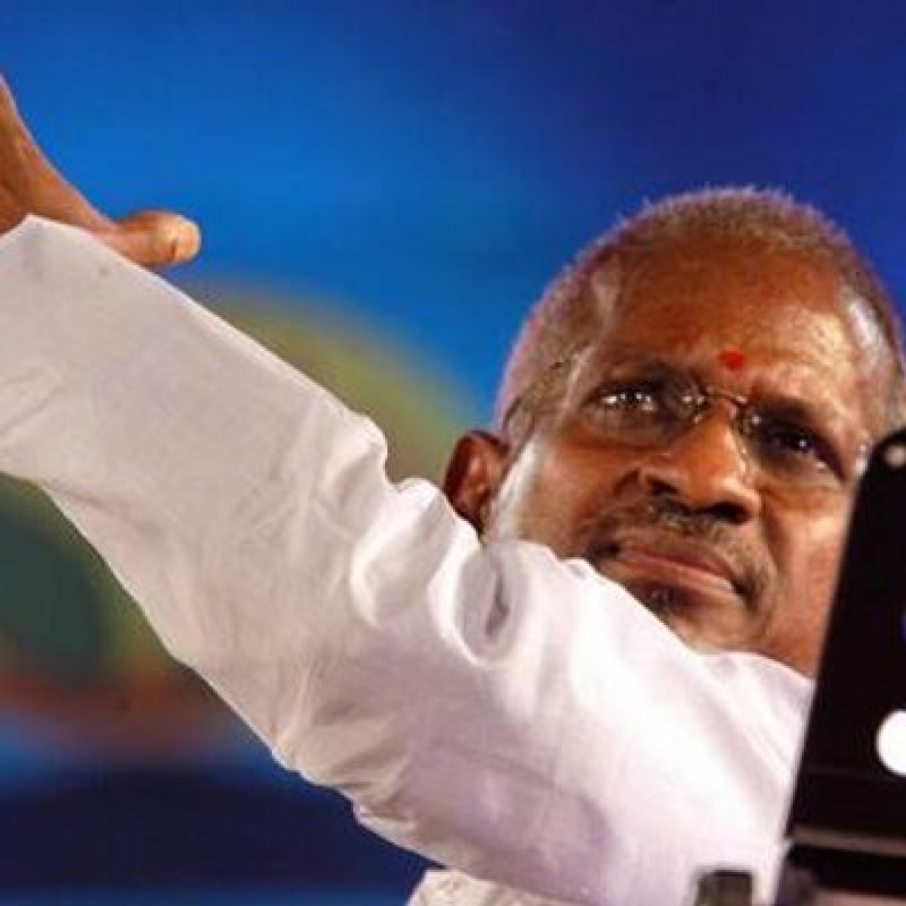8 Non-Tamil Super Hits Of Ilayaraja