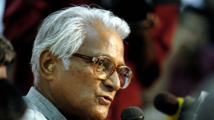 How George Fernandes Was Hounded For Speaking Against Sonia Gandhi