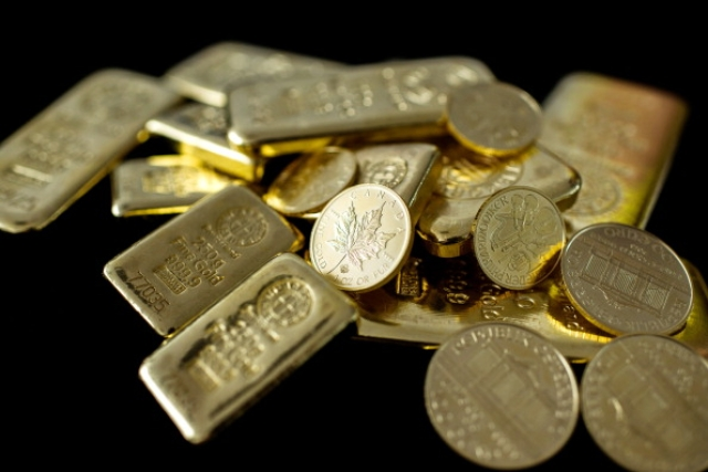 Gold Narrates The Real Story:  World Is Going Downhill Despite Flood Of Money