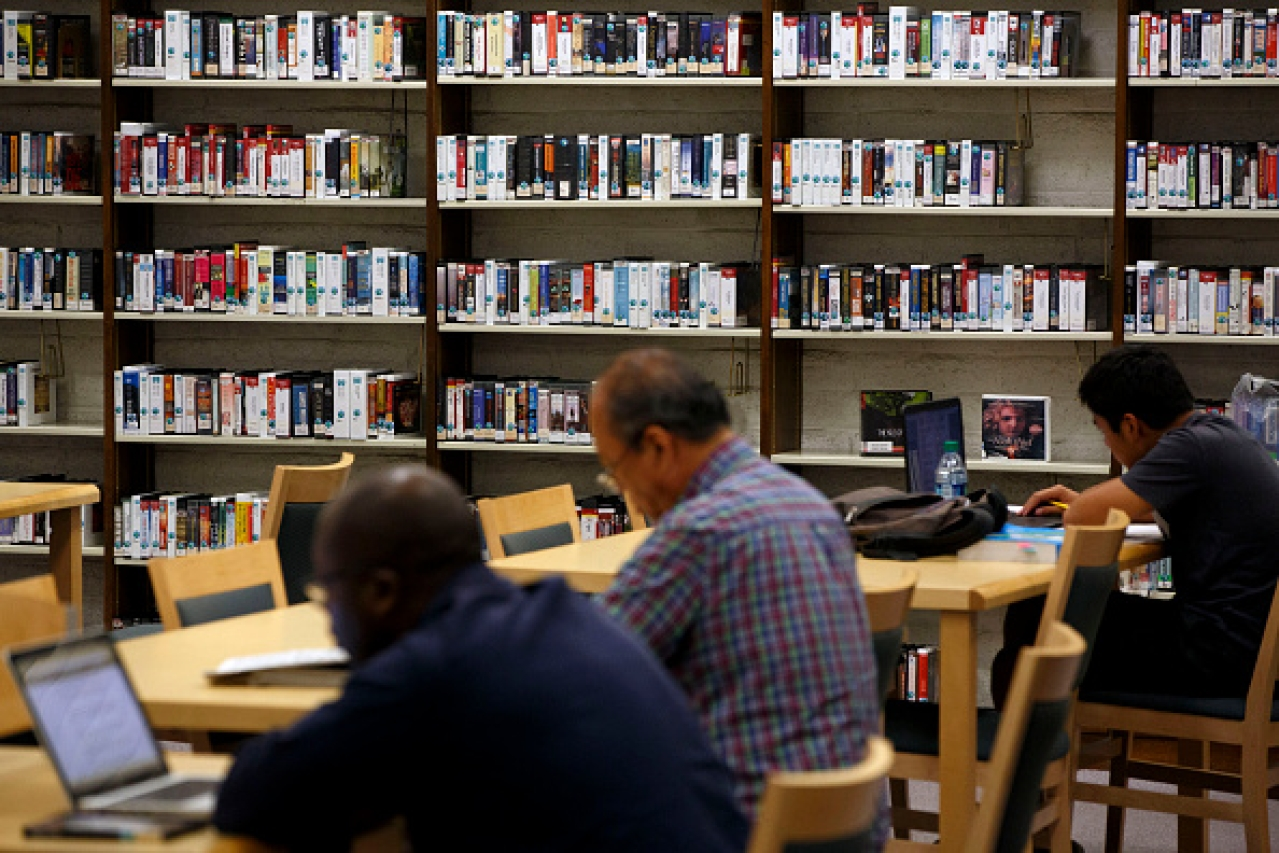 Public library (Patrick T. Fallon/Bloomberg via Getty Images)