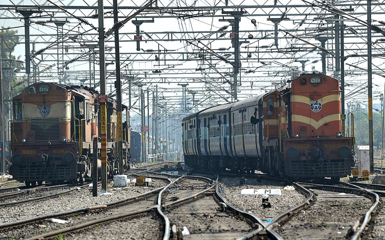 Indian Railways (NOAH SEELAM/AFP/Getty Images)