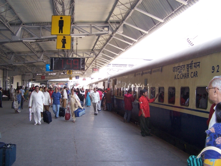 Indian Railways' Free WiFi A Hit: Over 2.35 Crore Use Facility, To Be Extended To 4,791 Stations Soon