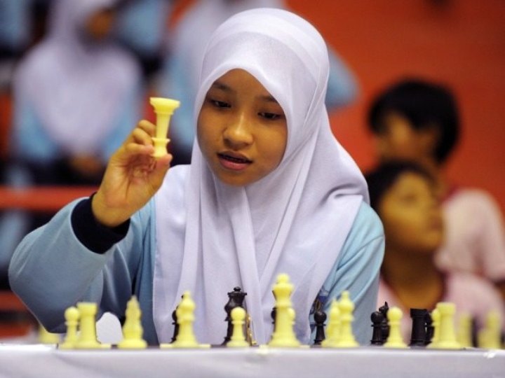 World Chess Championship In Iran: Obligation To Wear Hijab Sparks Controversy