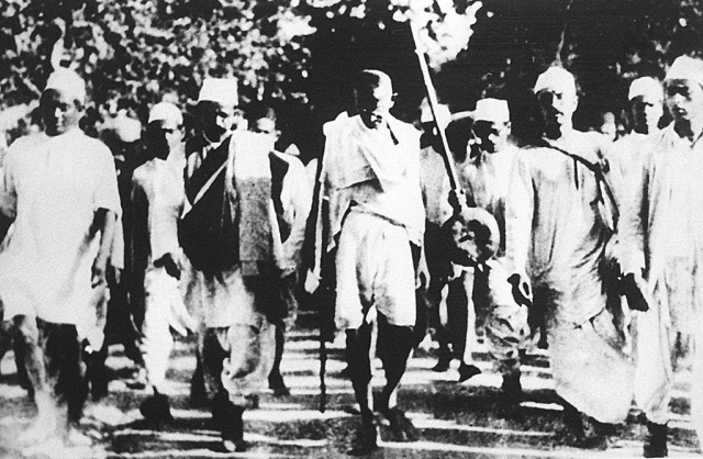 Gandhi And The Dalits