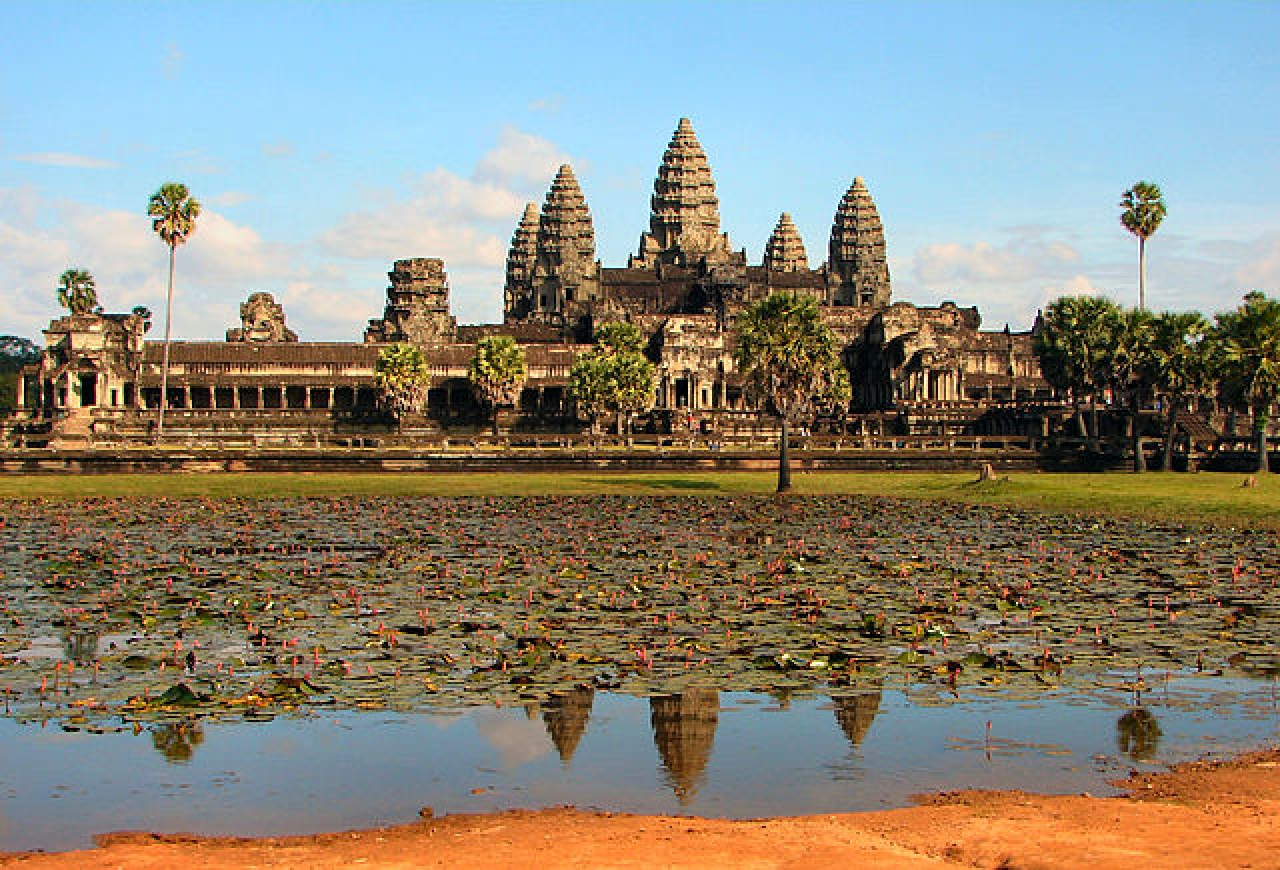 Angkor Wat, the front side of the main complex (Bjørn Christian Tørrissen/Wikimedia Commons)