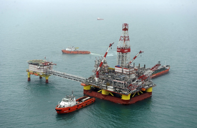 Deepavali Cheer For ONGC, But What About The Oil Marketing Companies?