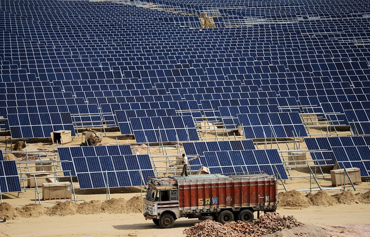 Solar panels at the under construction Roha Dyechem solar plant at Bhadla near Jodhpur, Rajasthan. (MONEY SHARMA/AFP/Getty Images)