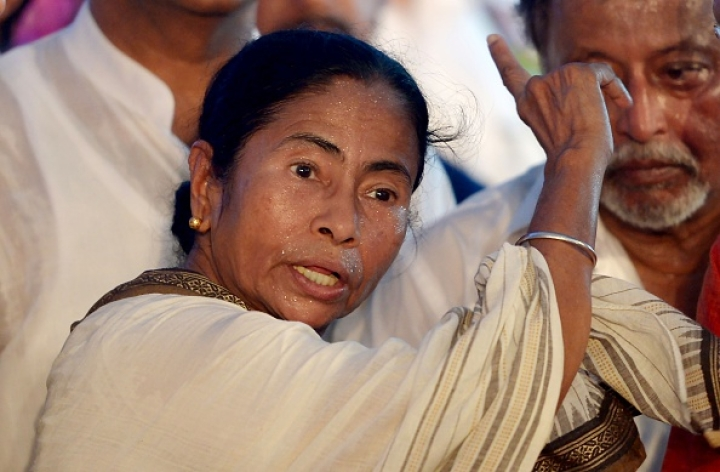 With Citizenship Bill In Sight, Mamata Banerjee Wants To Grant Land Rights To Bangladeshi 'Refugees'