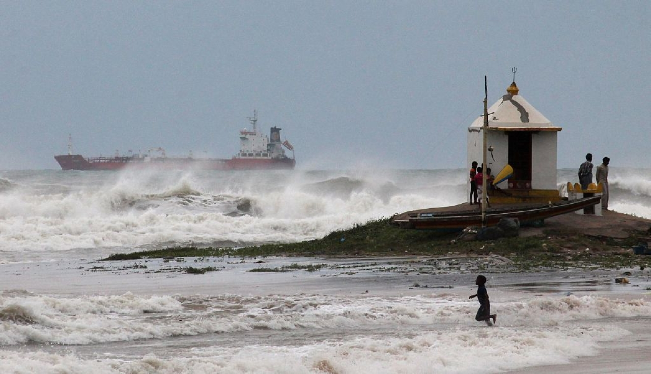 'Titli' Strikes: Bay Of Bengal's Latest Cyclone Makes Its Landfall Southwest of Gopalpur In Odisha