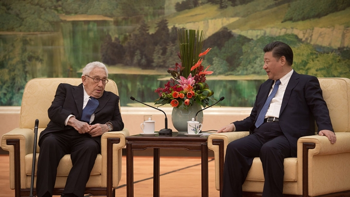 Xi Jinping Meets Henry Kissinger, Discusses US-China Ties