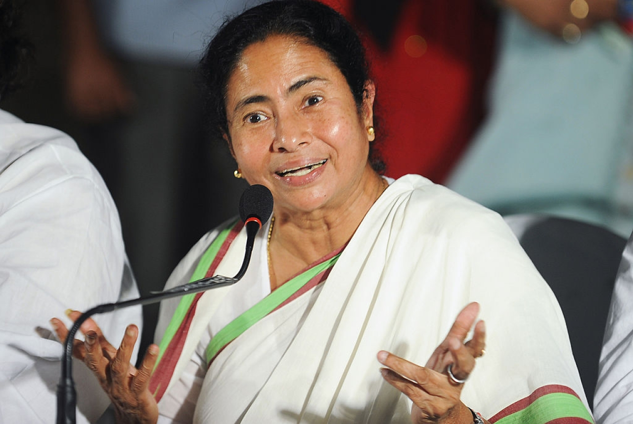 Banerjee gestures as she address a press conference in Kolkata. (DIBYANGSHU SARKAR/AFP/GettyImages)