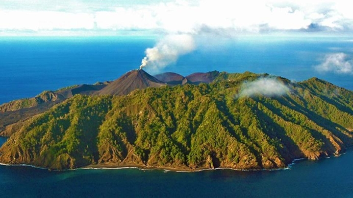India's Only Live Volcano, Located In Andaman and Nicobar Islands, Is Active Again