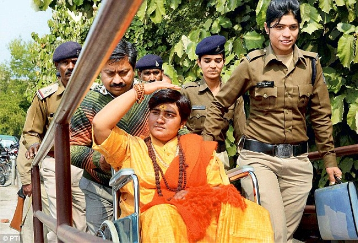 Sadhvi Pragya Heckled By Opposition Members For Honouring Her Guru While Taking Oath In Sanskrit