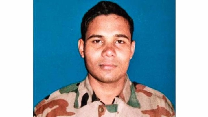 Like Father, Like Son: Late Gunner Astosh Kumar's Father Was Martyred During Kargil War