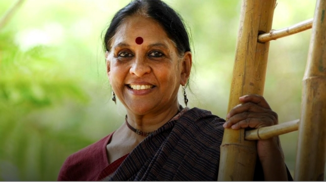 What Makes Jaya Jaitly The Big Bindi Of Change And Tradition