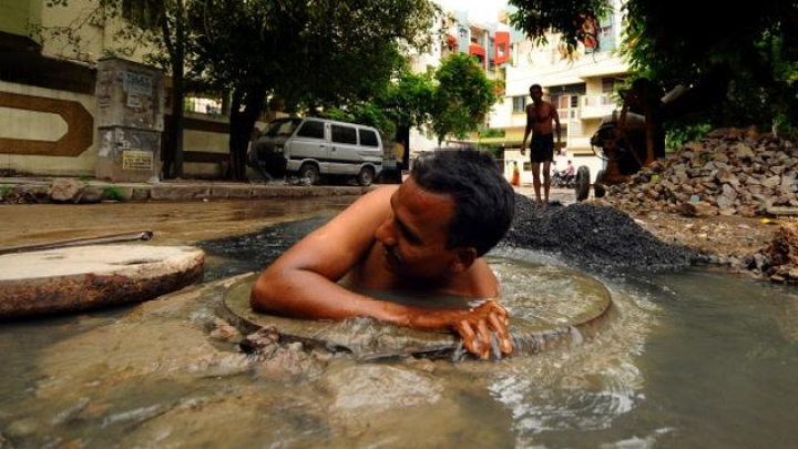 Supreme Court Slams Centre For Deaths Due To Manual Scavenging; Raises Questions About Untouchability