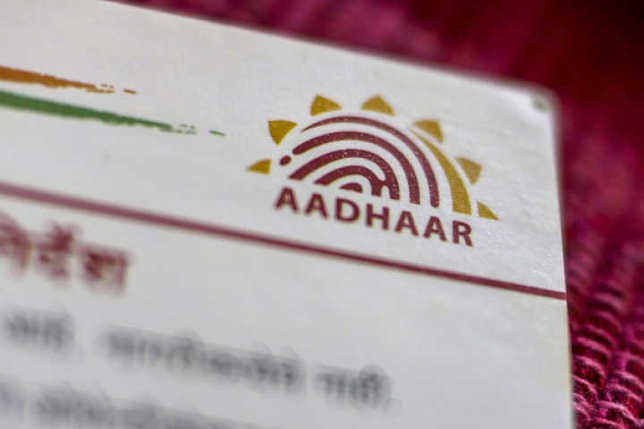 IT Ministry Asks For UIDAI's Opinion on Linking Of Aadhaar With Social Media Accounts