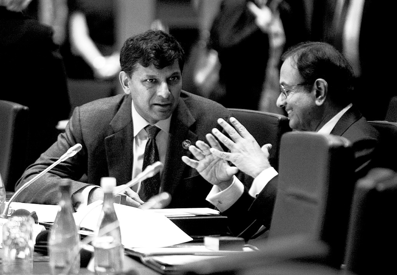 Raghuran Rajan and P Chidambaram (Jason Reed - Pool/Gertty Images)