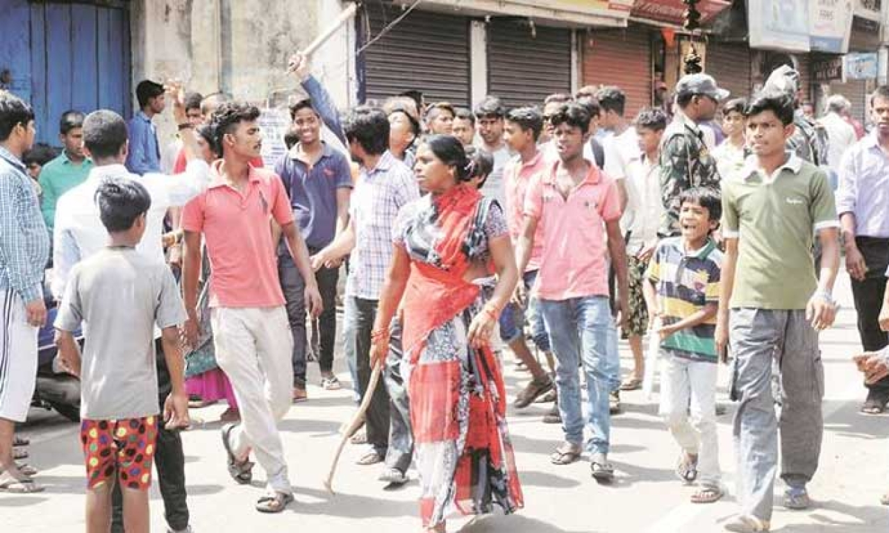 Locals protesting the lynchings in Jharkhand.
