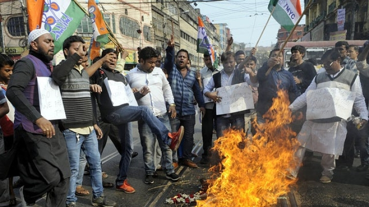 Mamata Banerjee's Appeasement Politics Leads To Predictable Slide Into Mob Violence