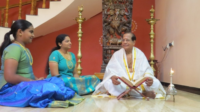 Kerala's Ramayana Masam Holds Its Own Despite Having Reached The 'Next-Gen' Phase