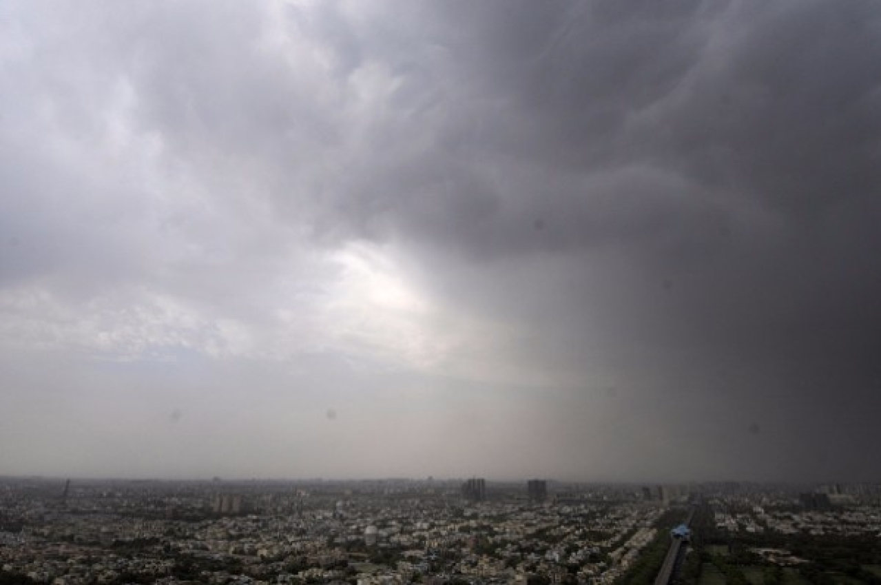 Dark clouds over Delhi (Sunil Ghosh/Hindustan Times via Getty Images)
