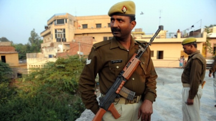 UP Police Finally Bids Adieu To 303 Rifles That Were In Usage Since Independence, To Use INSAS And SLRs Now