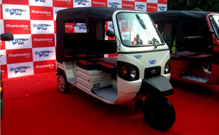To Improve Last-Mile Connectivity, Hyderabad Metro Invites Firms To Bid For E-Auto Service Contract