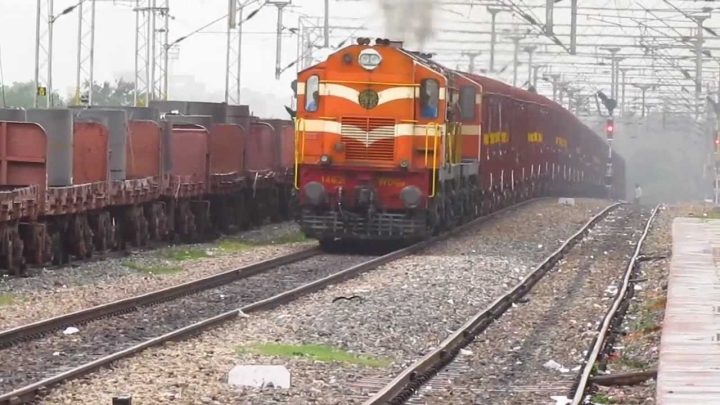 Indian Railways' Impetus To Freight: Gives 25 per cent Discount To Privately Owned Empty Containers, Flat Wagons