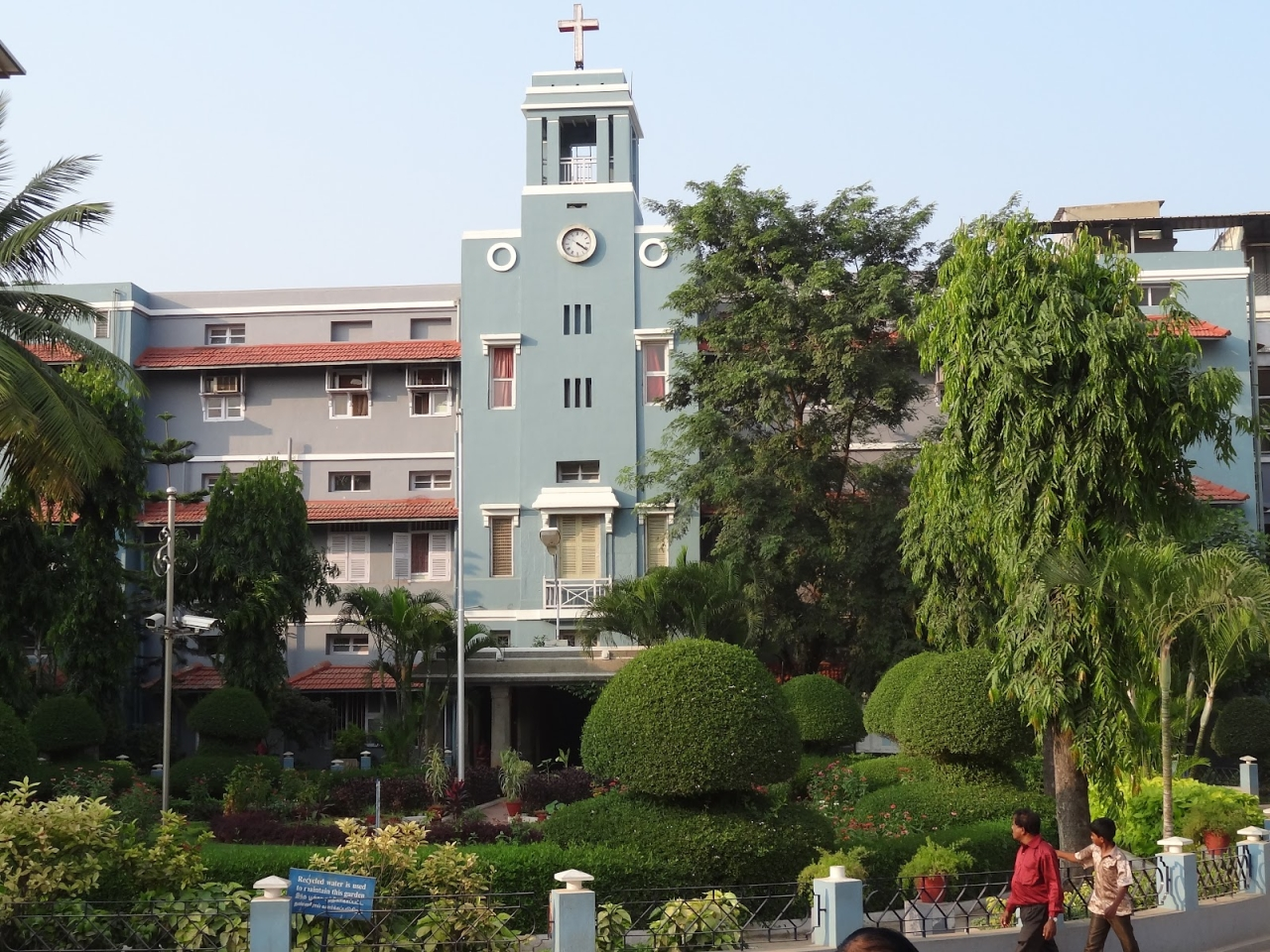 The Christian Medical College at Vellore. (Wikimedia Commons)