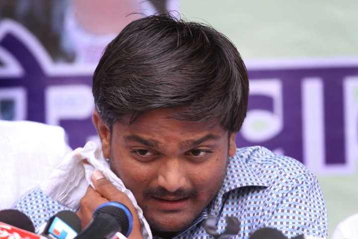 Congress Leader Hardik Patel Barred From Contesting Lok Sabha Polls After Gujarat HC Refuses To Stay Conviction