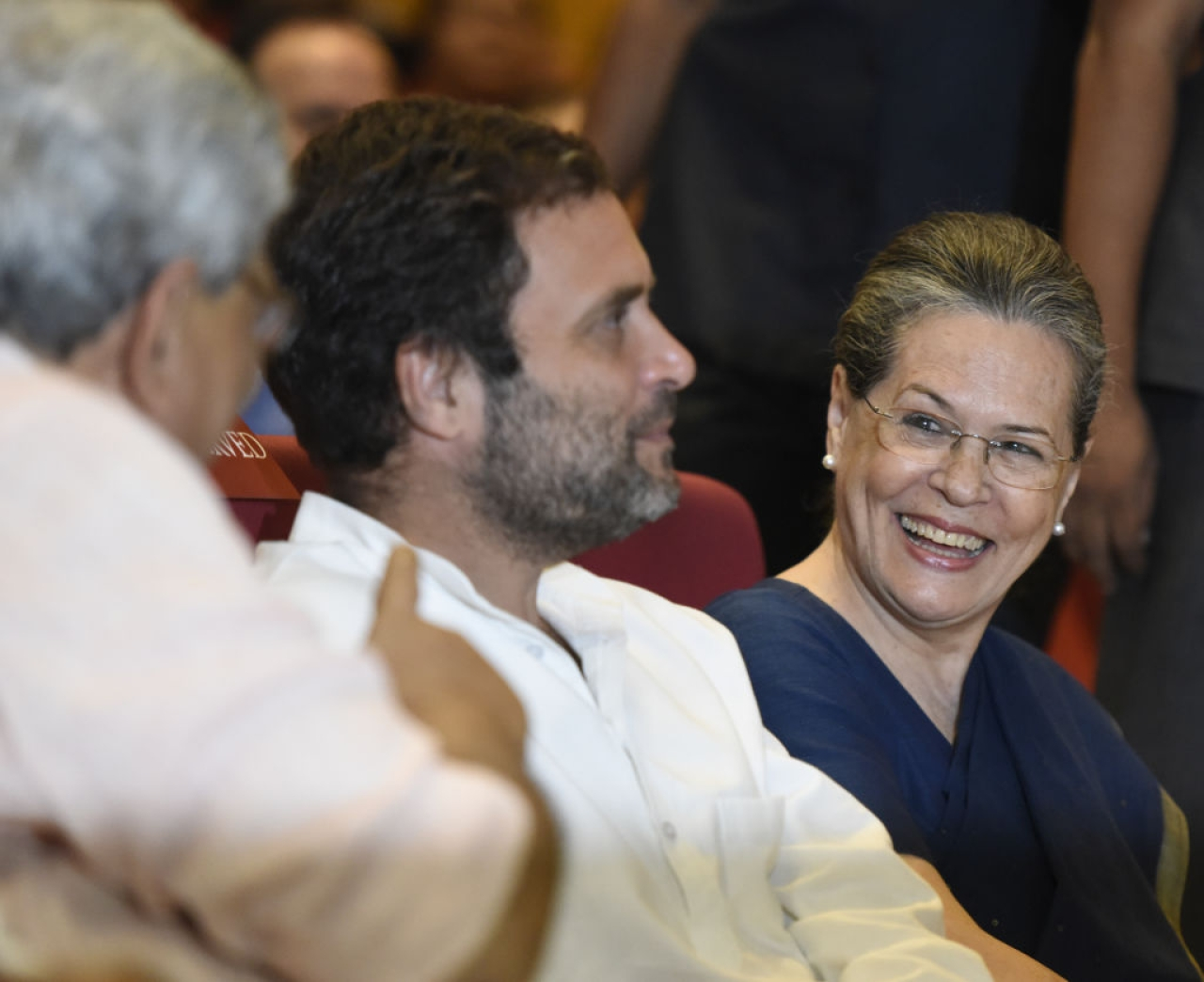Congress vice-president Rahul Gandhi, centre,  and Congress president Sonia Gandhi, right, talking to CPI (M) leader Sitaram Yechury.  (Sonu Mehta/Hindustan Times via Getty Images)