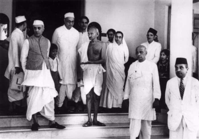 non cooperation in india role Women in the non-cooperation formed a major part of the campaigning crowd with gandhi's encouragement and understanding, many women from different walks of life joined in the non-cooperation movement and took the nationalist struggle to greater heights.