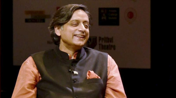 Padmavati Controversy: Shashi Tharoor Takes A U-Turn, Says Rajput Sentiments Must Be Respected