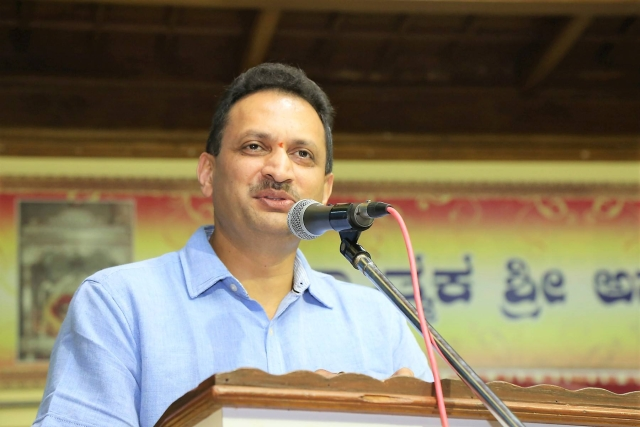 Secular Constitution: Anantkumar Hegde Has Less To Apologise For Than His Critics