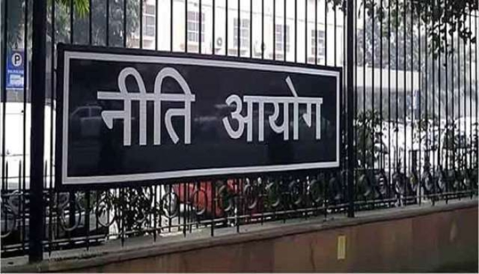 Amidst 2024 Deadline NITI Aayog Seeks Electrification Plan From Two, Three Wheeler Manufacturers In Two Weeks