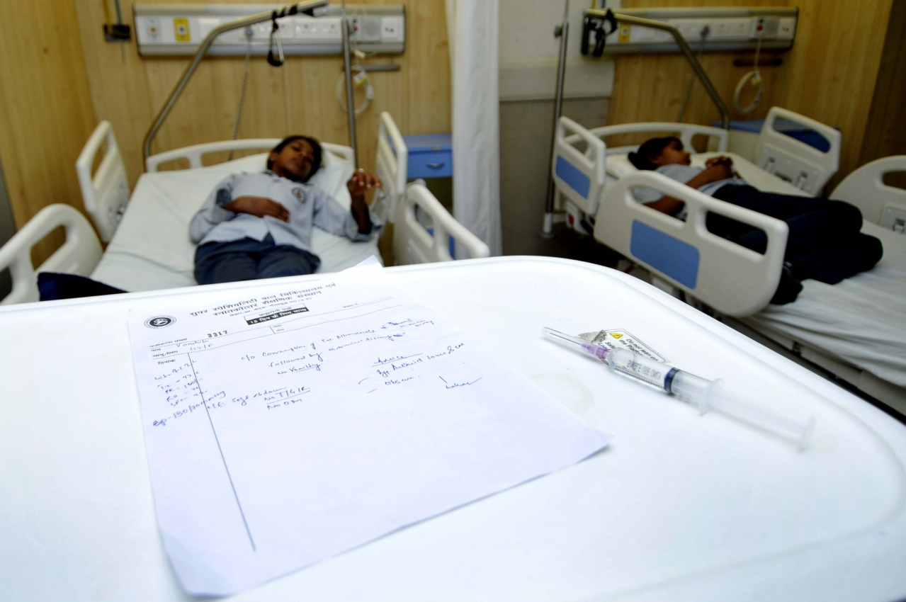 Patients at a private hospital in Noida. (Sunil Ghosh/Hindustan Times via Getty Images)