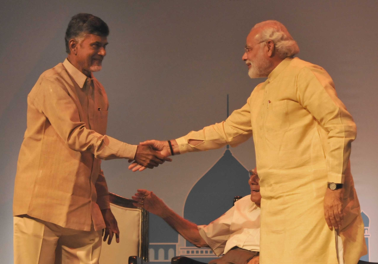 Narendra Modi and Chandrababu Naidu in the run-up to the 2014 General ELections (Sonu Mehta/Hindustan Times via GettyImages)