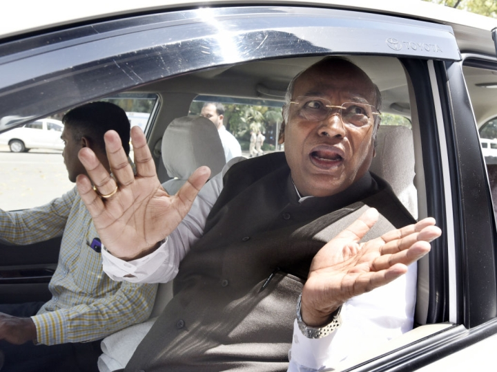 Congress Leader Kharge Refuses To Attend Meeting To Pick Lokpal, Objects To 'Special Invitee' Status