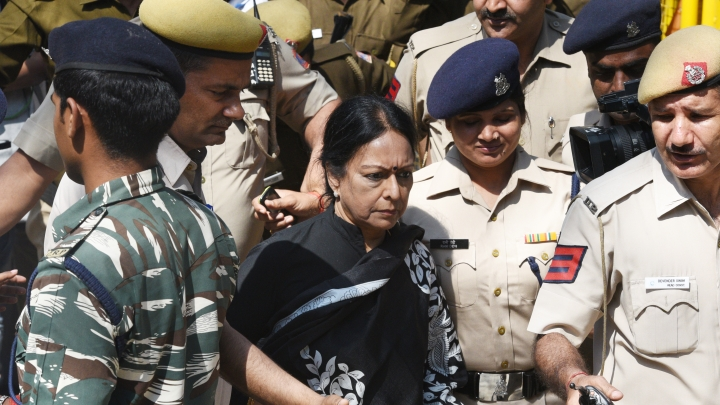Saradha Chit Fund Scam: Madras HC Dismisses Plea Filed By Chidambaram's Wife Against  ED Summons