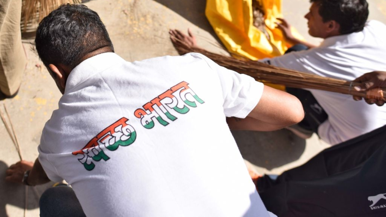 Want To Contribute To A Swachh Bharat? PM Modi Has An Internship For You